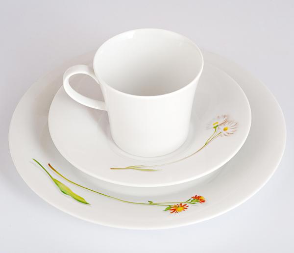 Фарфоровый набор для завтрака на одну персону Pianta  «Полевые цветы», каменная звездчатка, ястребинка. KPM Berlin