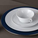 Пример простой монограммы на тарелке KPM Berlin