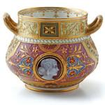 Чаша KPM Berlin. Югендстиль, рельефное золото, роспись эмалью, камея из бисквитного фарфора