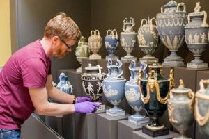 Классические вазы в стиле античности. Веджвуд, вторая половина 18-го века