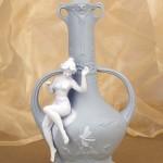Фарфоровая ваза «Афродита», бисквитный фарфор. Мануфактура Гарднеръ в Вербилках